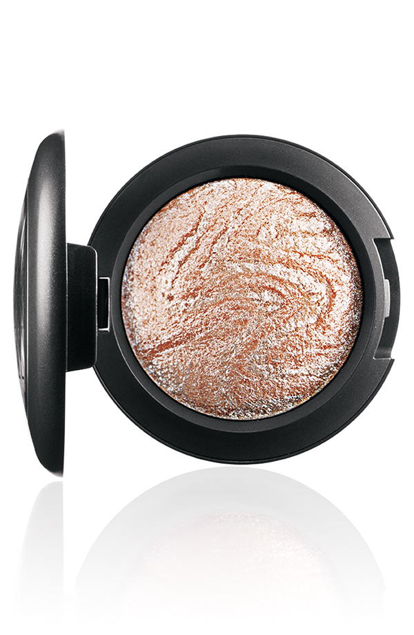 ApräsChic-MineralizeEyeShadow-Ice-72