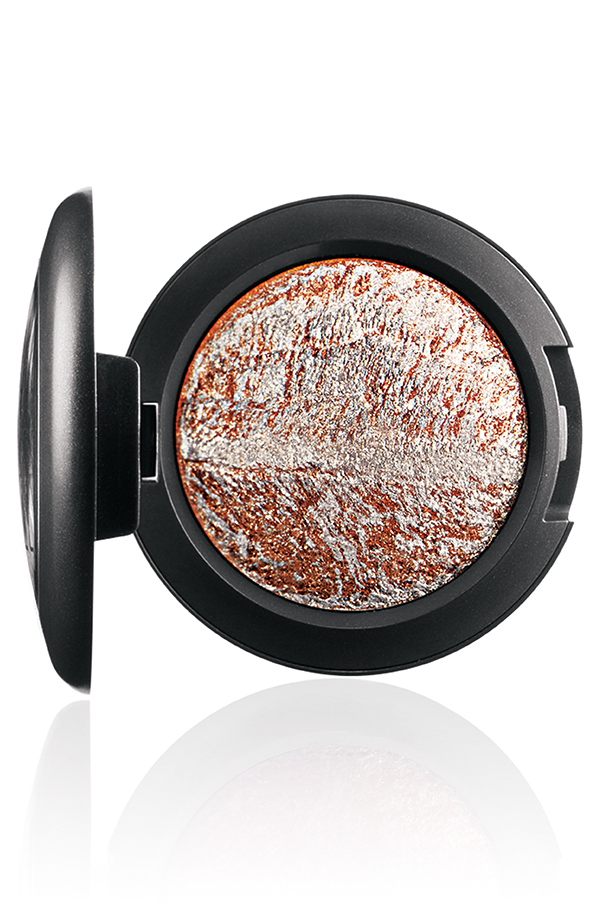 ApräsChic-MineralizeEyeShadow-WinterPursuit-72