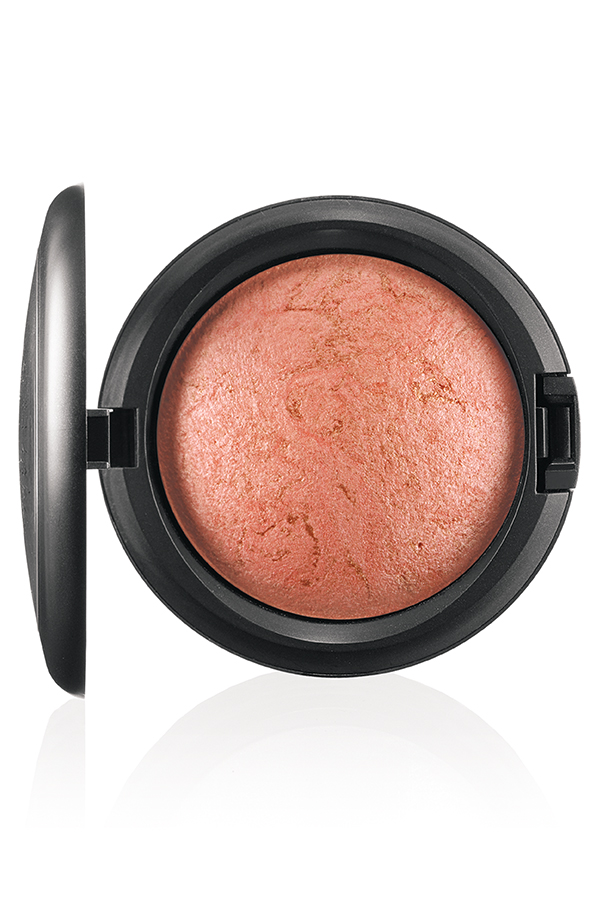 ApräsChic MineralizeSkinfinish StereoRose 72 Introducing MAC Après Chic Collection
