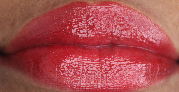 mac Ready to Roam lip swatch