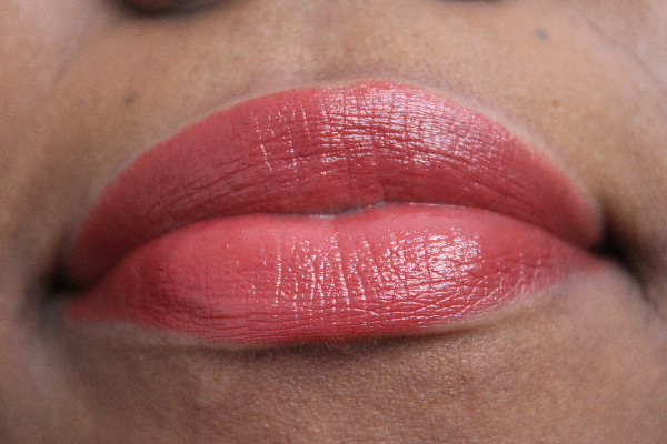 mac apres chick lipstick lip swatch