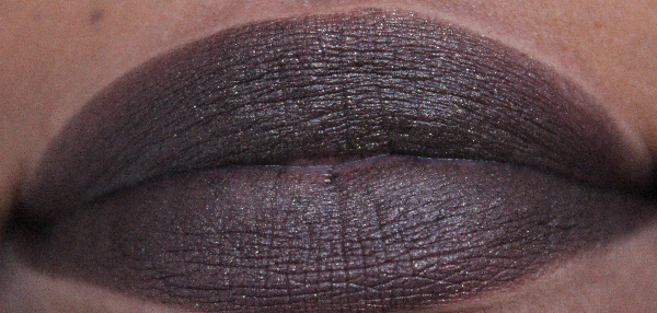 mac firm form lip swatch