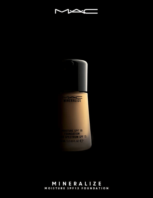 Mineralize Moisture SPF15 Foundation_Ambient_72
