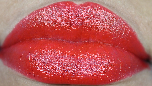 milani 05 red label lip swatch