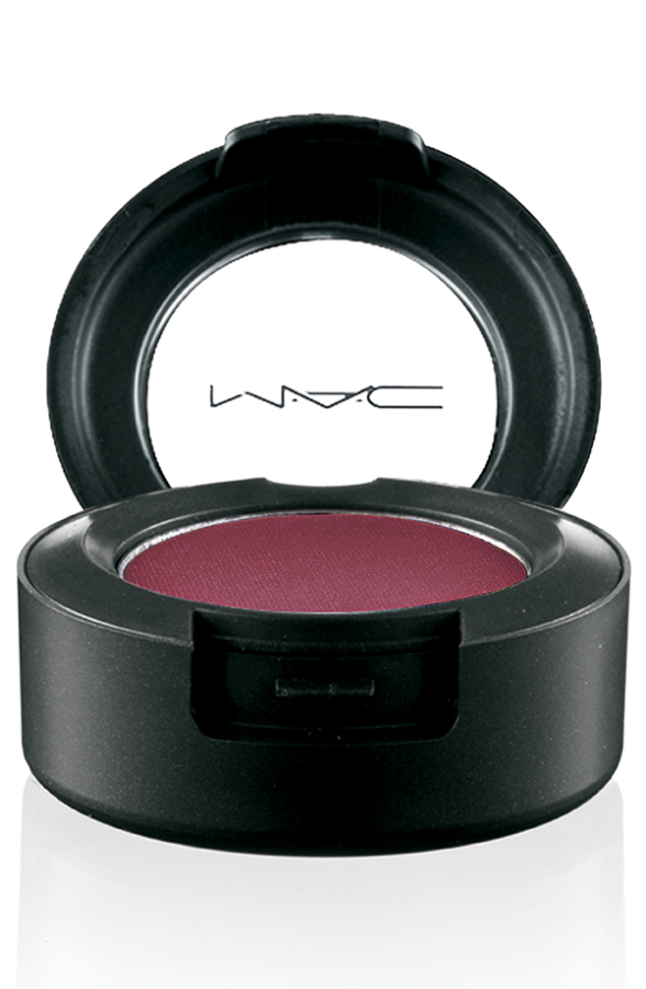 Metallic-EyeShadow-CrimsonTryst-72