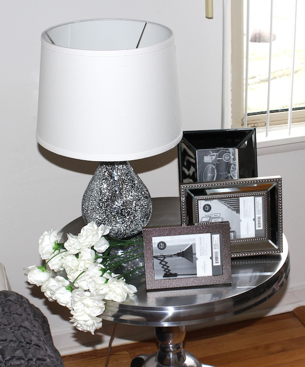 Target Threshold Lamp And Frames