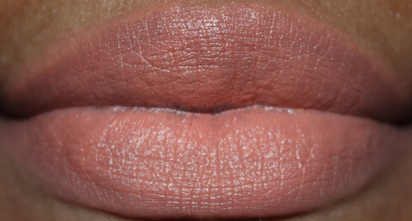 MAC sushi kiss lip swatch flash