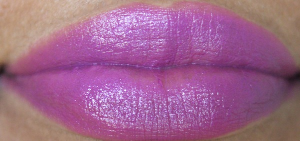 mac feel my pulse lip swatch