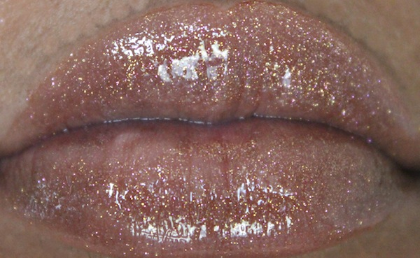 mac underdressed lip swatch