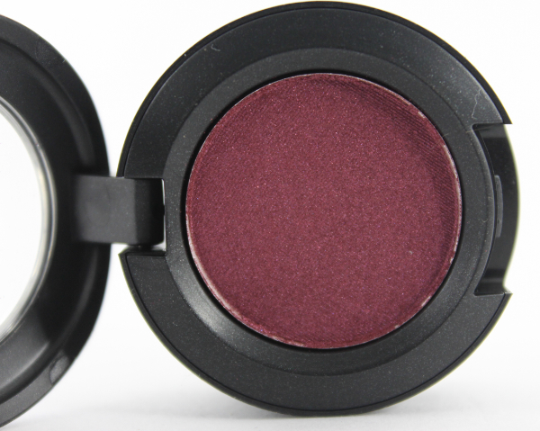 mac crimson tryst eyeshadow 2