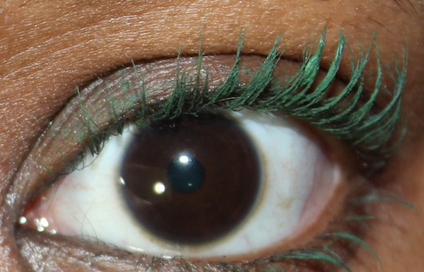 maybelline great lash green with envy