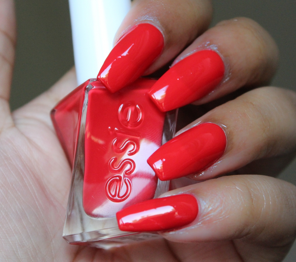 essie rock the runway