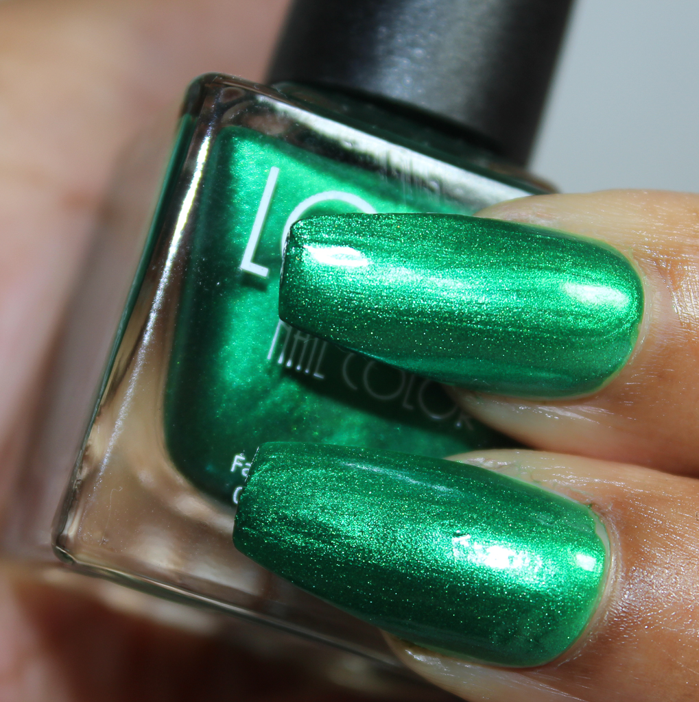 look nail color Emerald-2
