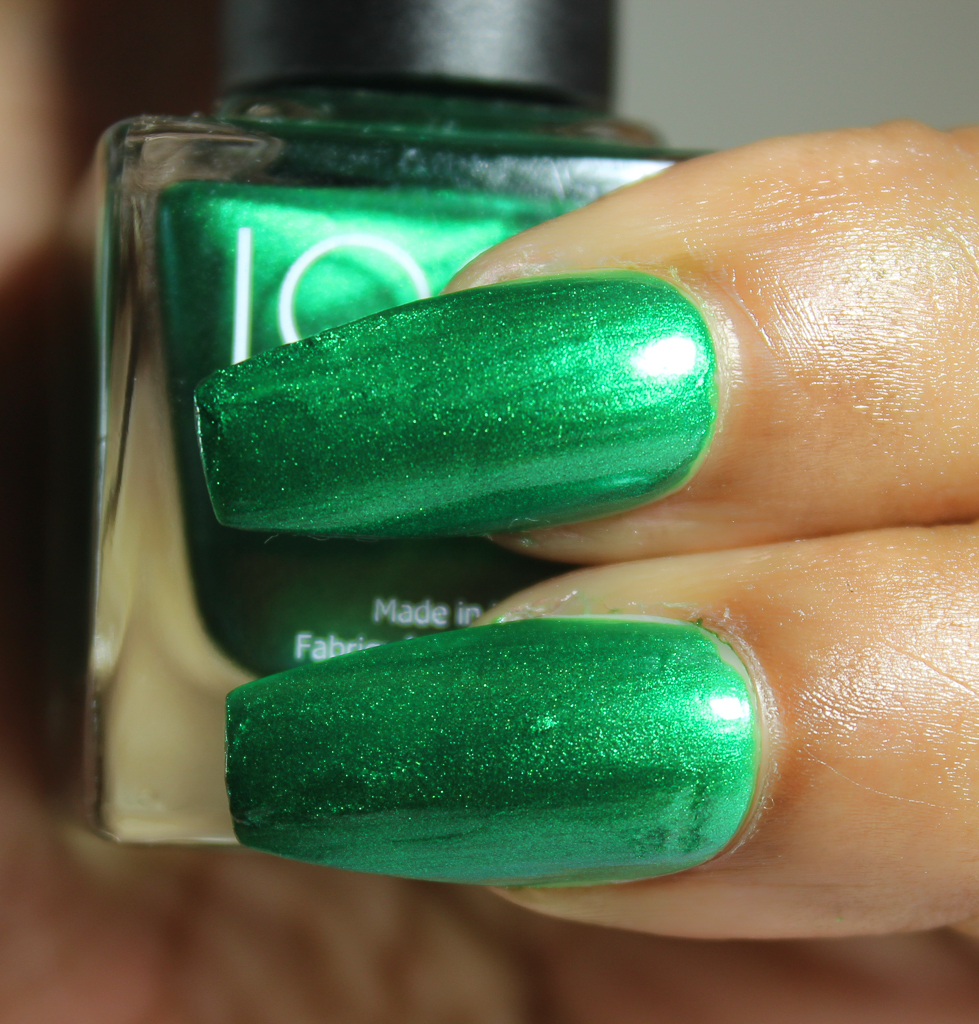 look nail color Emerald