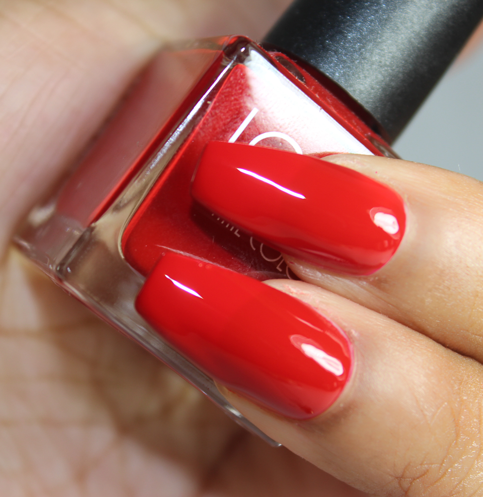 look nail color crimson-2