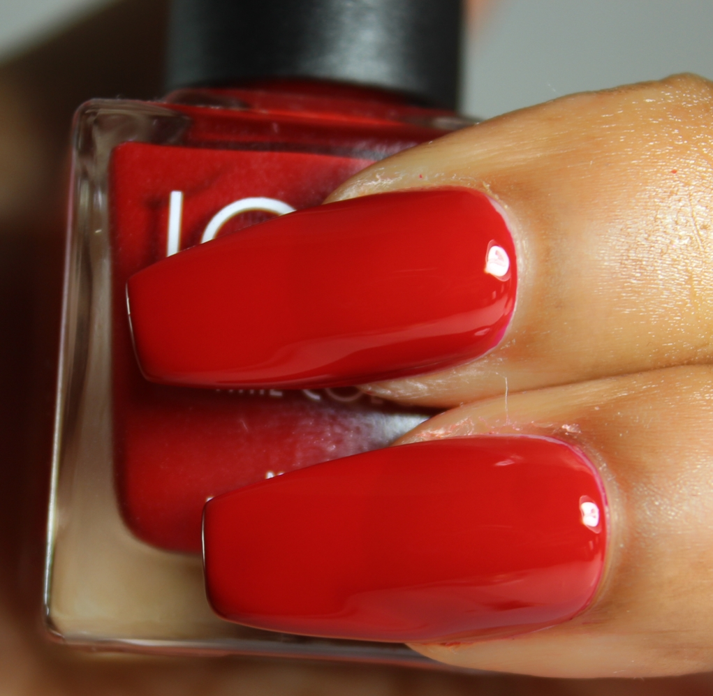 look nail color crimson