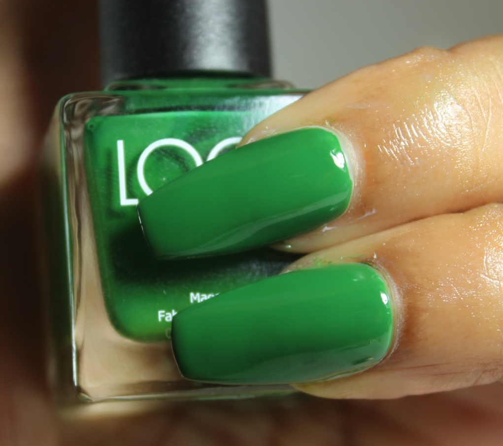 look nail color evergreen