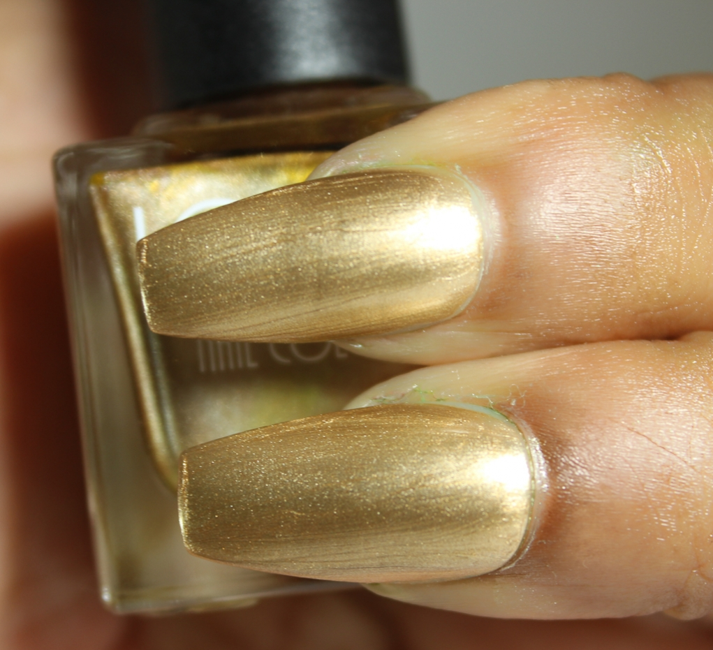 look nail color gold