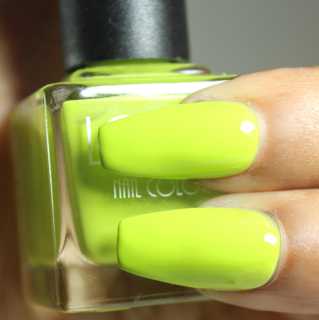 look nail color lime