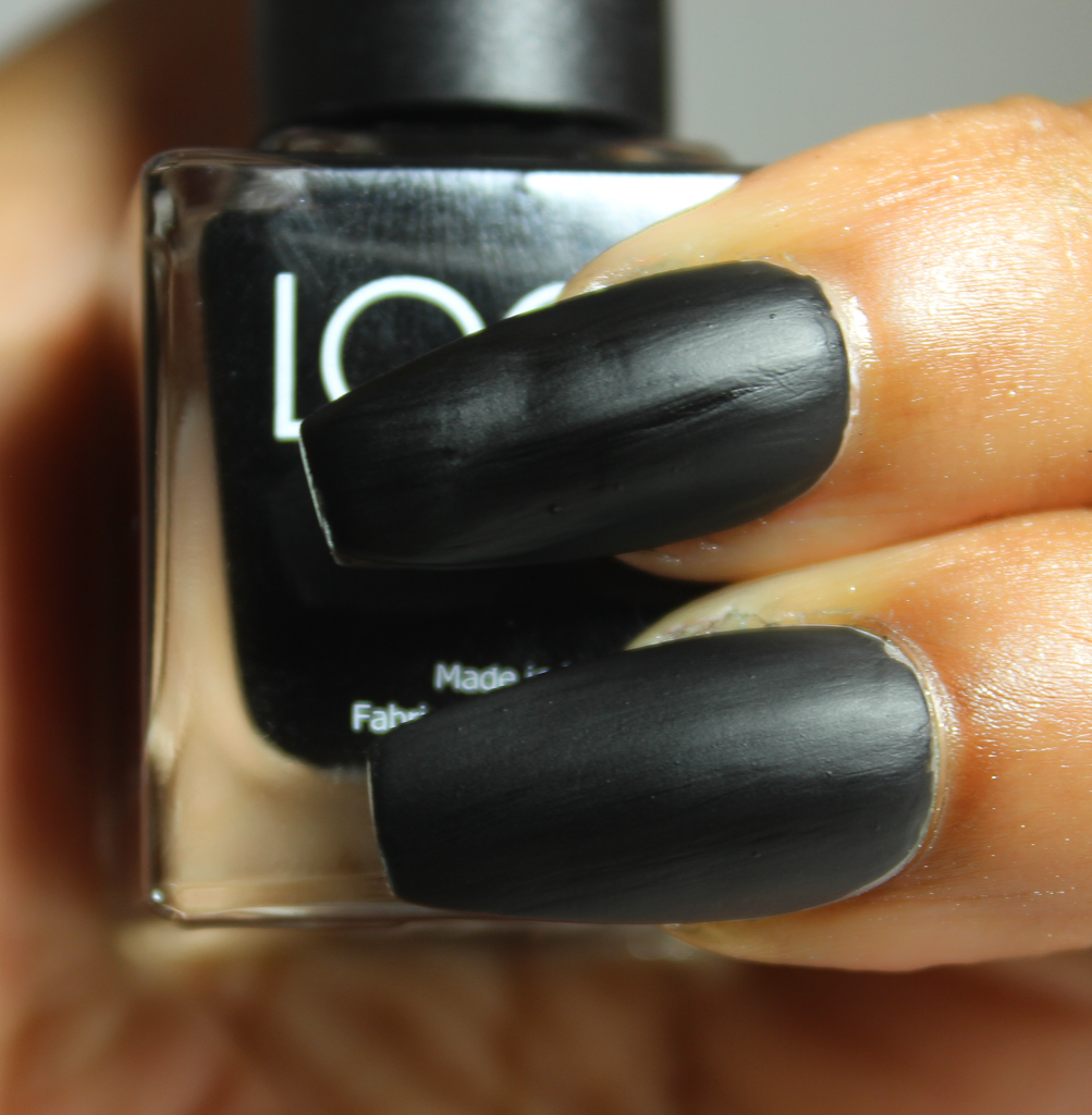 look nail color matte black