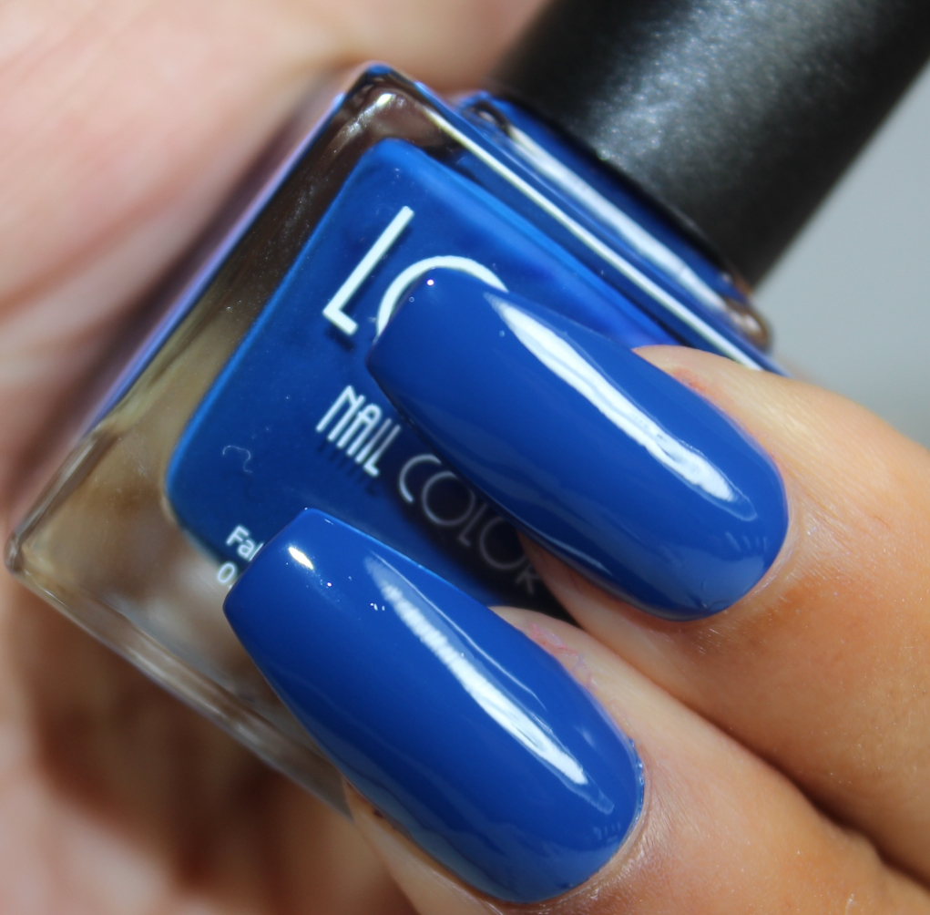 look nail color royal blue-2