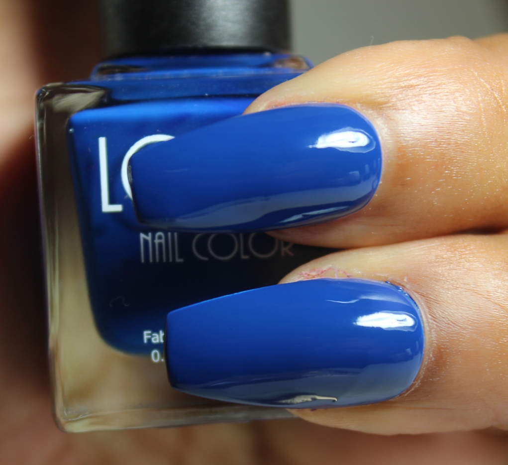 look nail color royal blue