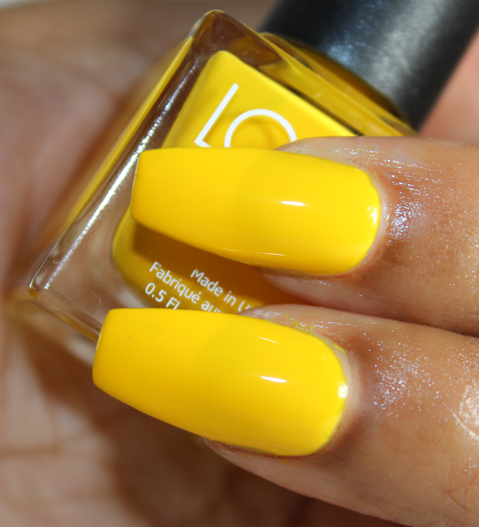 look nail color yellow-2